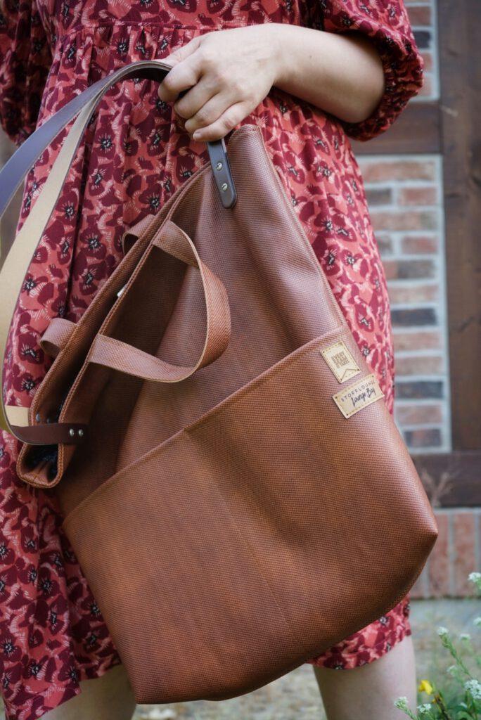 Stofflounge Loungebag aus Kunstleder